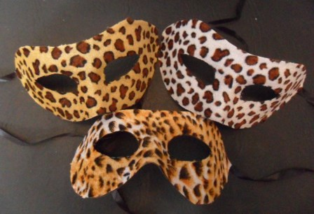 57- Antifaz veneciano animal print x 12