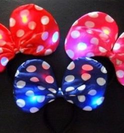 558- Vincha luminosa Minnie lunares x1